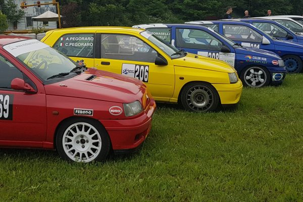 Auto-schierate-Michael- Racing